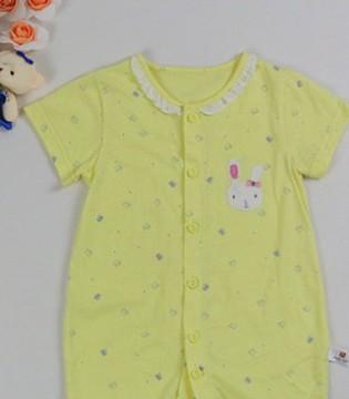 和金色小鱼婴幼儿品牌童装一起呵护新生儿宝宝的敏感滑嫩肌