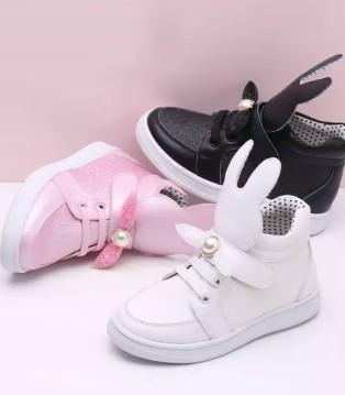 牧童听说 宝宝秋季时尚童鞋搭配的秘诀在这里