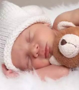 """关于宝宝吃和睡的那些事 总结出六个""""不要"""""""