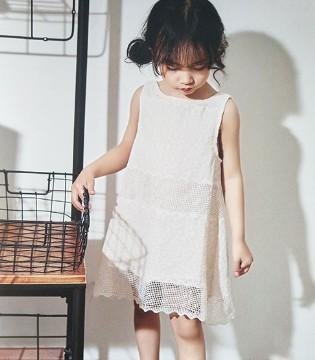 微热的早秋 孩子可别忘了穿上青稚品牌童装散热哦