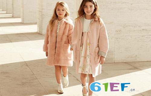 意大利奢侈品Fendi Kids童装2017秋冬新品LOOKBOOK