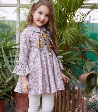 女童秋装连衣裙怎么穿好看 让叽叽哇哇时尚装扮教会你
