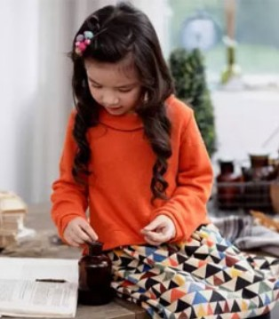 KICCOLY品牌童装开学新搭配 让宝宝瞬间成为焦点