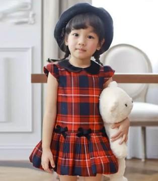 安妮公主品牌童装 天鹅绒演绎现代优雅LOOK