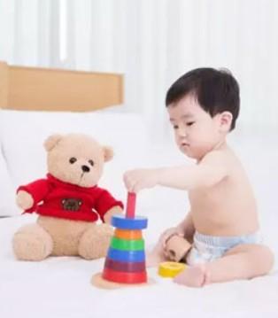 劣质玩具危害大 给宝宝的玩具不能随便买