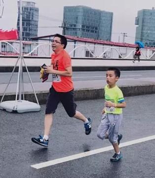 Balabala杯Mini马拉松 释放孩子天生好动的闪亮时刻