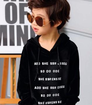 你与007童品时尚童装2017秋冬新装就像与黑与白般帅气