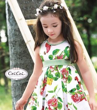 微热的早秋不要忘了穿上那漂酿的Ceicei熙熙品牌童装