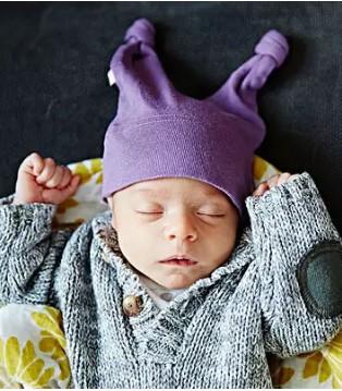佳贝艾特:枕头选不对 眼看着宝宝越长越丑