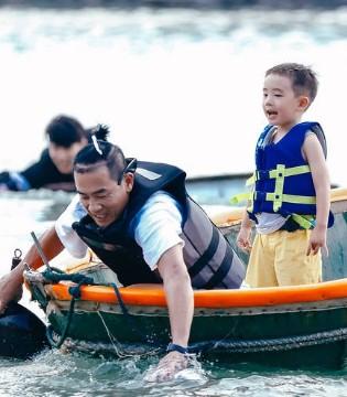 陈小春回应带儿子上节目的背后原因:这是用钱都买不到的