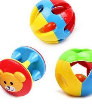 如何训练婴幼儿精细动作 这个两个游戏可以帮到你