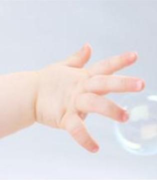 婴幼儿手足口病高发期 补充益生菌增强抵抗力