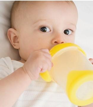 奶粉喂养6禁忌 你不会一直都这么喂的吧