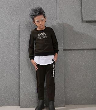 小猪芭那童装品牌推出酷感新品 一起玩转嘻哈风潮