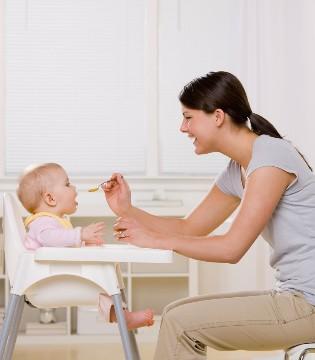 """""""过度喂养""""惹出祸 专家告诉你宝宝该吃多少"""