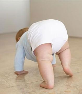 宝宝学走路方法有哪些 学走路前父母要做这些准备