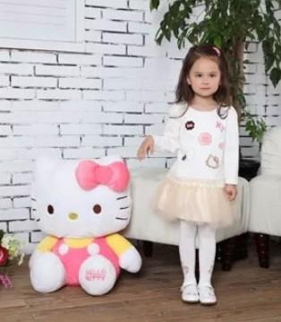 十月天气 就给小女孩穿采童庄品牌童装吧