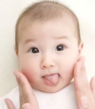 宝宝护肤这样做 成为满分妈妈很简单
