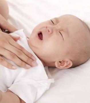 飞鹤:宝宝哭闹不止 或许是你的方法出了错