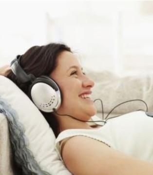 胎儿最爱哪些音乐 适合胎教的轻音乐推荐