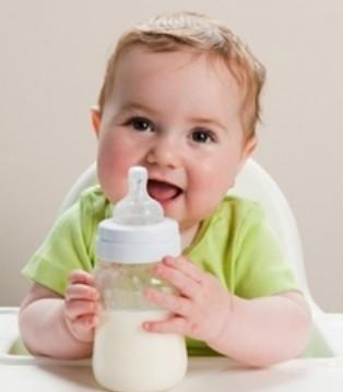 这样给宝宝喝奶粉真的很无知 你犯了几条