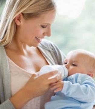 宝宝上火别急着骂奶粉 找准原因很重要