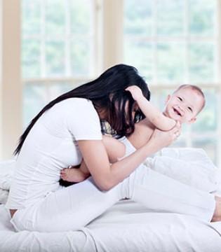 宝宝反复烧有哪些原因 宝宝发烧应注意什么