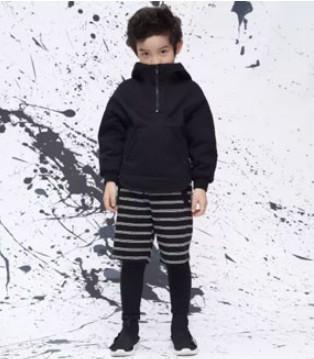 久久童装摩登熊猫系列上新 黑白交融 摩登个性