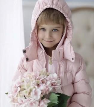 优雅与时尚从小绽放 MYTALE童话故事童装新品热卖中