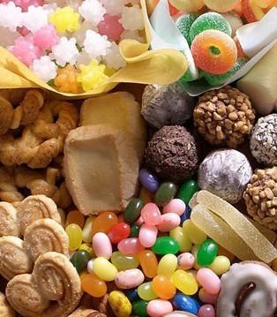 孩子总是不喜欢好好吃饭 偏偏喜欢吃零食怎么办