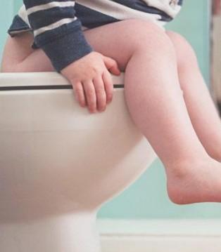 """只要换奶粉宝宝就腹泻 转奶方式可能就是""""罪魁祸首"""""""