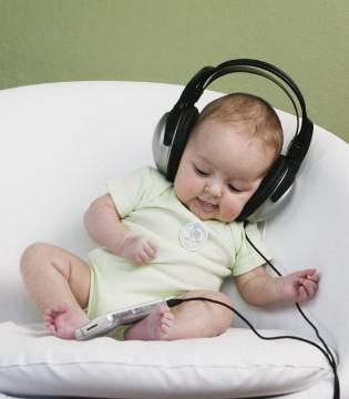 宝宝听音乐竟能改变容貌 宝宝听音乐注意事项