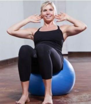 乳房怎么样会变大 5个动作让你变乳神