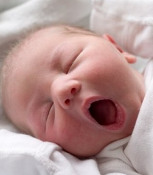 优利士乳业:BB才出生就被抽血 这是为什么