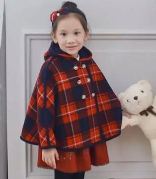 安妮公主童装披风上新季 这个冬季来点不一样