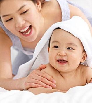 4个母乳喂养技巧 宝宝吃得开心