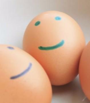 鸡蛋价格跌破5元大关 六种情况最好别吃