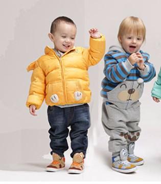 """各大品牌抢占童装市场 """"蓝海""""变""""红海""""还是爆发元年"""