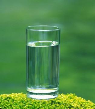 喝热水有5个好处 这几种情况下别用热水