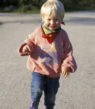 宝宝的鞋子关乎健康 儿科医生坚决反对宝宝穿这种鞋