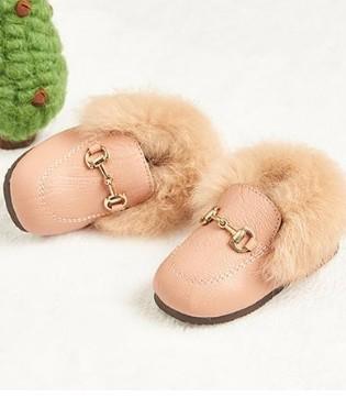 精致绒绒温暖小公主鞋 俘获女宝的心