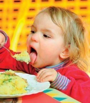 专治宝宝不爱吃饭的五个小妙招 你get了吗