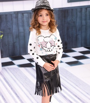 黑白熊品牌童装 打造秋冬甜美小公主