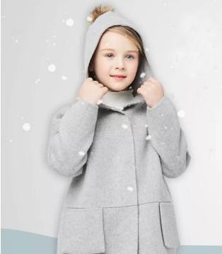 天气渐冷 小公主们还缺一件法纳贝儿品牌大衣