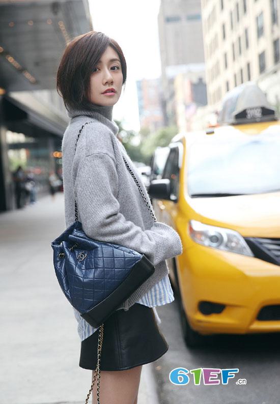 辣妈刘芸时尚街拍美照曝光 减龄又时尚少女感满满图片