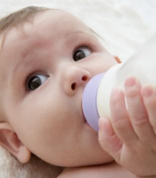喂养小知识 爱达力奶粉解读宝宝的混合喂养
