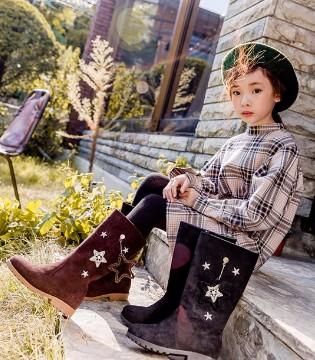 SNOWKIMI品牌童鞋2017秋冬新品伴孩子渡过美妙的童年