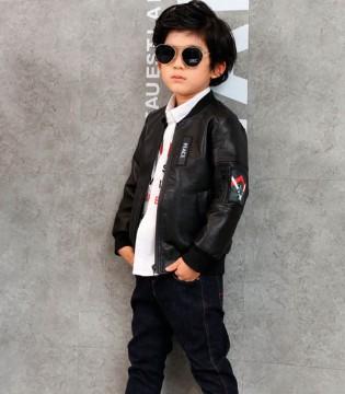 零零柒童品皮衣黑白配 注定让孩子时尚与众不同