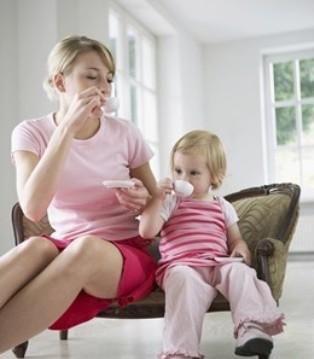 家庭教育尤为实际而重要 不要让这三个毛病毁了孩子
