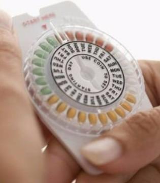 避孕药副作用多 正确吃避孕药很重要